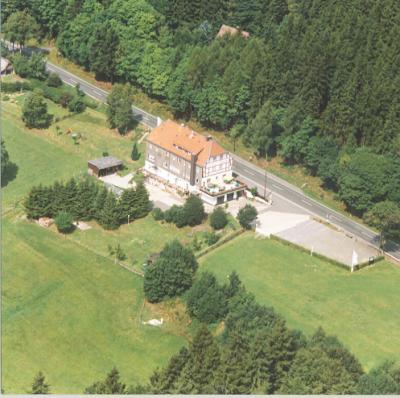 Haus Waldfrieden vanuit de lucht